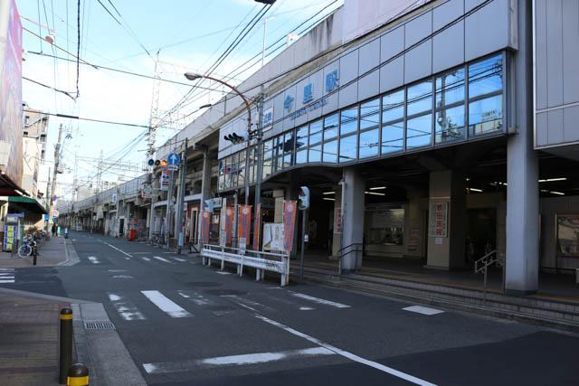 今里駅前通の西方向、鶴橋方