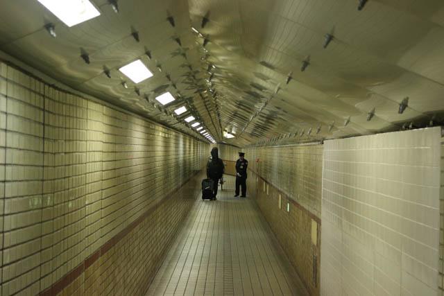 係員も常駐している安治川隧道内部 ~2017年3月~