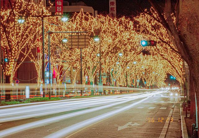 クリスマスムードの仙台市街地 酔っ払ったネーチャンにナンパされた