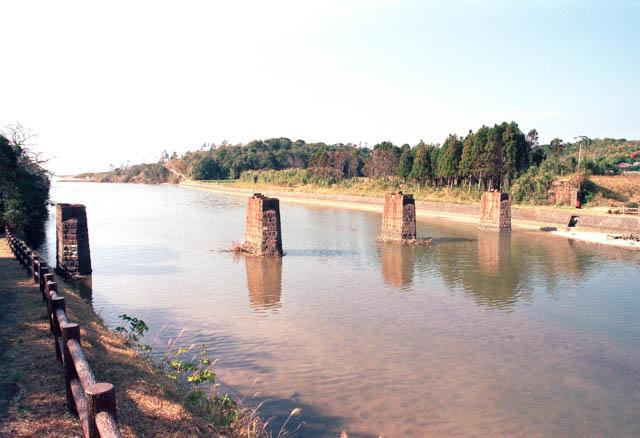 南薩鉄道・永吉川橋梁跡 ~1997年12月~