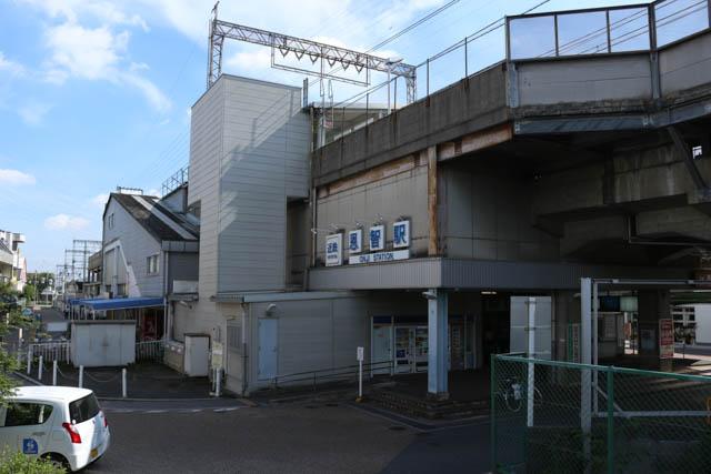 恩智駅は大阪近郊区間では最後の高架駅である