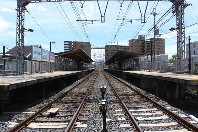 2面2線の近鉄下田駅