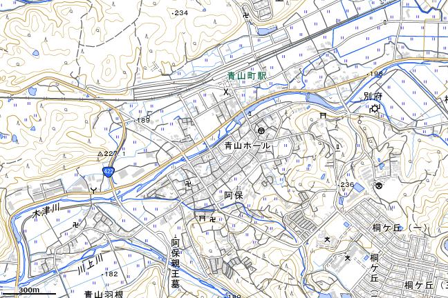 地形図:青山町駅周辺