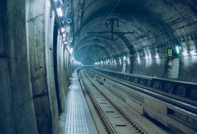 JR津軽海峡線・吉岡海底駅(北海道:1996年12月)