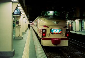 JR北陸本線・金沢駅・特急「加越」(石川県:1996年12月)
