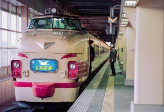 JR北陸本線・金沢駅・特急「しらさぎ」(石川県:1996年12月)
