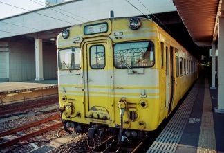 JR北陸本線・金沢駅・急行「能登路」(石川県:1996年12月)