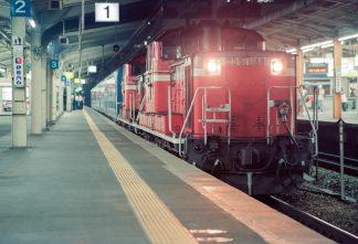 JR東海道本線・大阪駅・夜行急行「だいせん」(大阪府:1997年7月)
