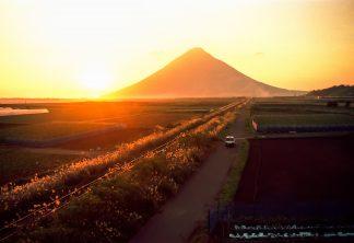 JR指宿枕崎線・西大山~大山間(鹿児島県:1997年12月)