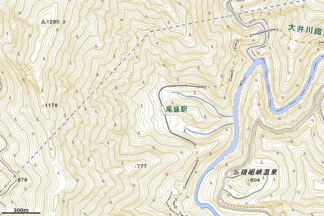 地形図:32号トンネル上部尾根平坦地付近
