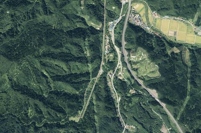 空撮画像:津軽湯の沢駅周辺
