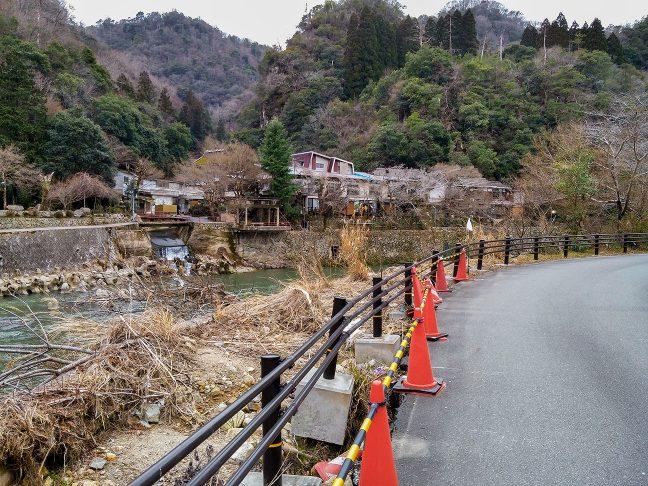 旧線の対岸にある武田尾温泉