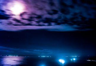 恵山から望む津軽海峡(北海道:1997年7月)