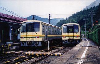 JR木次線・出雲坂根駅(島根県:2000年8月)