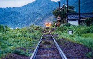 JR山陰本線・宇賀本郷駅(山口県:2000年8月)