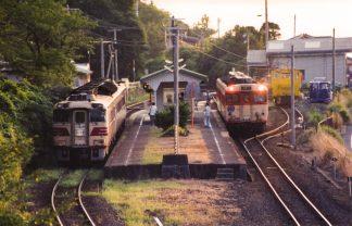 JR山陰本線・小田駅(島根県:2000年8月)
