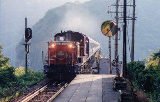 JR山陰本線・余部駅(兵庫県:2000年8月)
