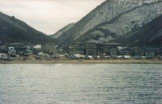 下北半島牛滝漁港(青森県:2001年1月)