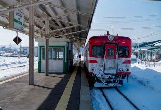 JR花輪線・鹿角花輪駅(秋田県:2001年1月)