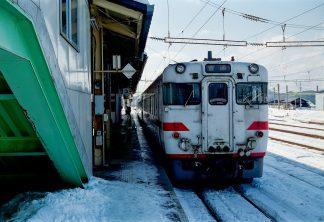 JR花輪線・大館駅(秋田県:2001年1月)