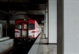 JR山田線・盛岡駅(岩手県:2001年1月)