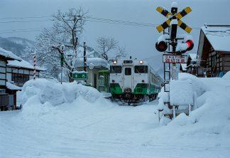 JR只見線・本名駅(福島県:2001年1月)