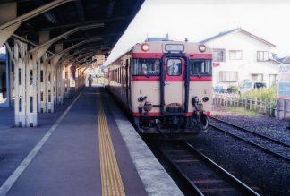 JR氷見線・氷見駅(富山県:2001年8月)