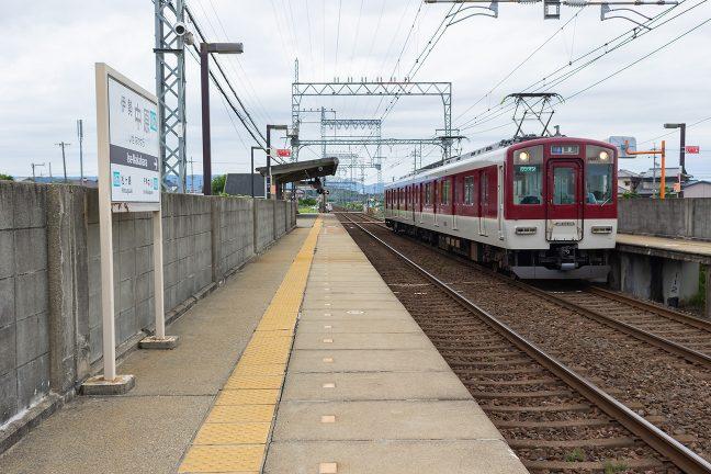 賢島行きの普通列車は2両編成が多い