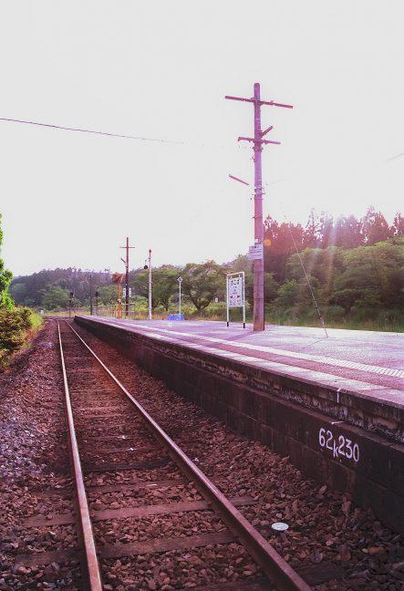 西日を受けた大畑駅には他に誰も居なかった