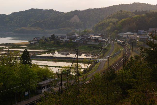 JR小浜線・勢浜駅(福井県:2021年4月)