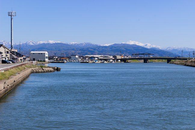 金石港(石川県:2021年4月)