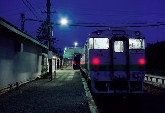 JR根室本線・上厚内駅(北海道:2001年8月)
