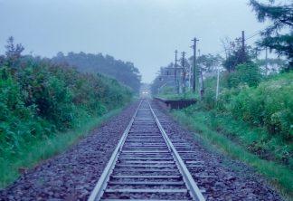 JR札沼線・本中小屋駅(北海道:2001年8月)