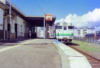 JR江差線・江差駅(北海道:2001年8月)