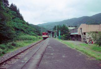JR岩泉線・岩泉駅(岩手県:2001年8月)