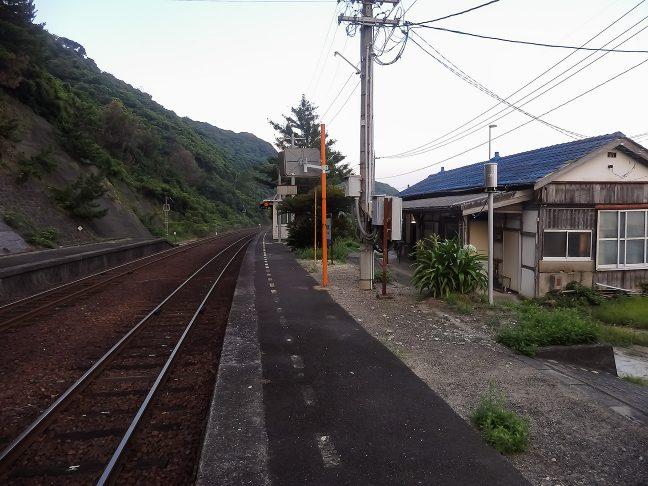 古色蒼然とした宇田郷駅舎