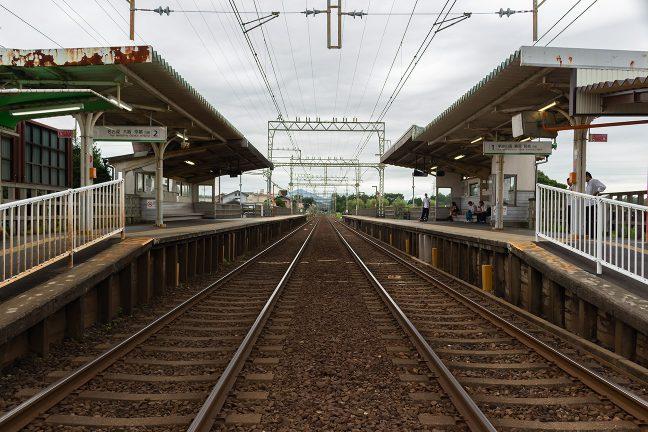 構内踏切から眺める斎宮駅