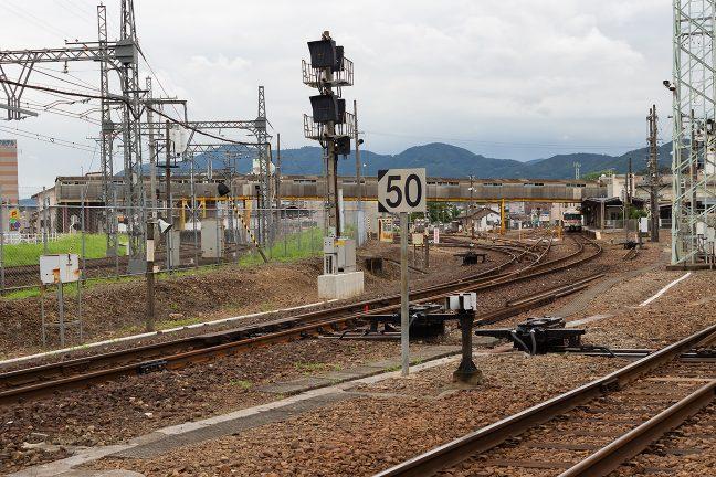 JR紀勢本線と併設される伊勢市駅