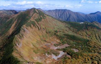 日高山脈・戸蔦別岳と七つ沼カール(北海道:2002年9月)