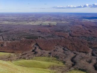 西別岳から望む根釧台地(北海道:2002年11月)