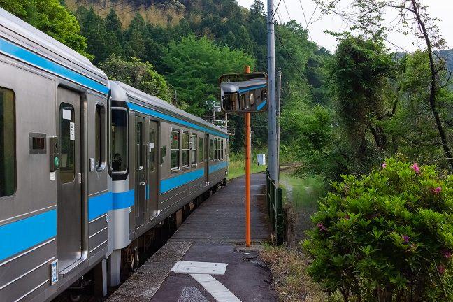 いよいよ、普通列車も出発の時を迎えた