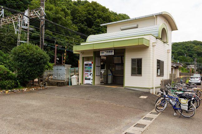 単線区間に入って、一気にローカル色強まる志摩赤崎駅