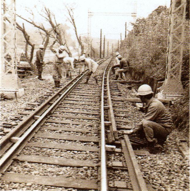 引用図:志摩線白木付近。軌間拡幅工事「80年のあゆみ(近畿日本鉄道・1990年)」