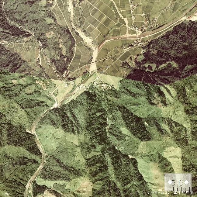 旧版空撮画像(1976/09/05(昭51)):羽後長戸呂駅周辺
