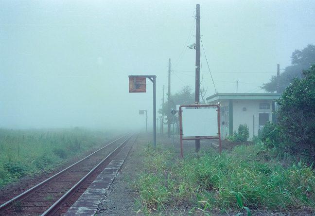 道東の夏は海霧に覆われ視界は100mに満たないことも多い