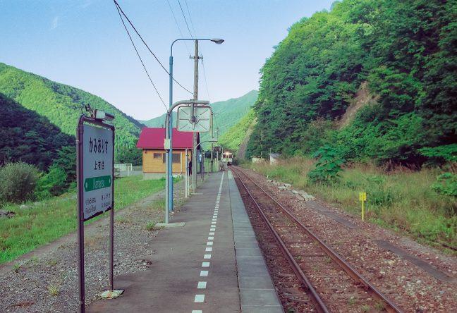 釜石に向かう始発列車がやってきた