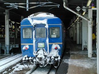 JR函館本線・札幌駅・寝台特急「エルム」(北海道:2003年1月)