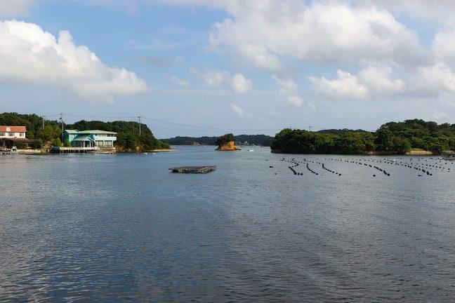 旅館のある横山島(左)と多徳島(右)