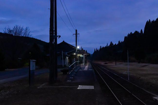7時過ぎには空が白んで朝の足音が聞こえ始める