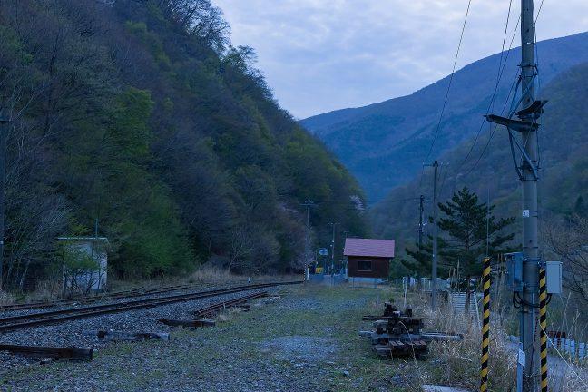 広い駅構内はかつての繁栄の面影を残している